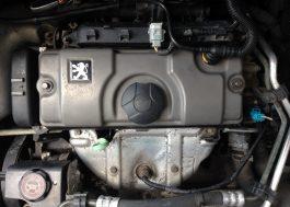 Litinový motor po čištění pastou Metal Polish